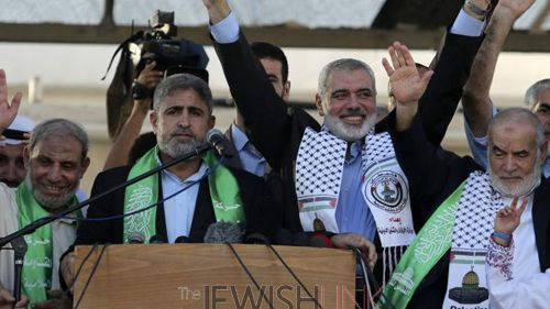 Post-War Poll: 61% of Arabs in Judea, Samaria and Gaza support Hamas over PA