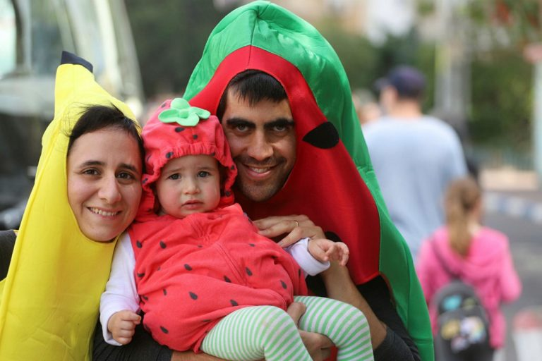 Costumes, Parades Rule the Day as Israel Celebrates Purim
